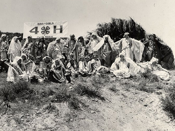 Historic photo of 4-H youth